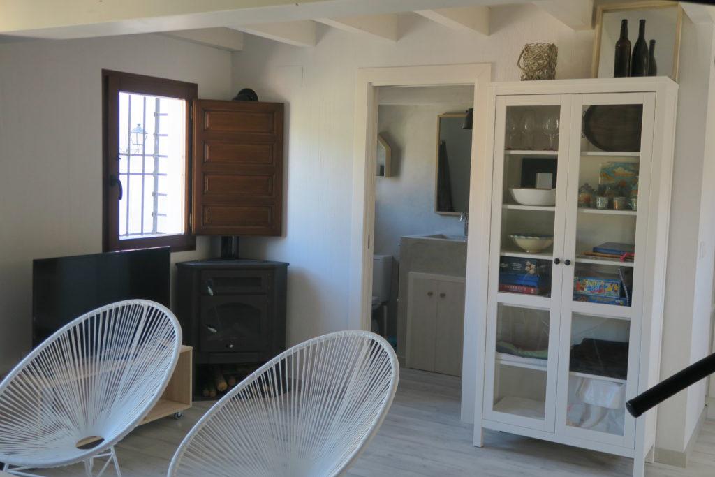 mirando_a_cuenca_apartamento_turistico_cuenca_casco_antiguo_salon_principal