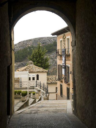 bajada_plaza_san_nicolas_cuenca_mirandoacuenca.es